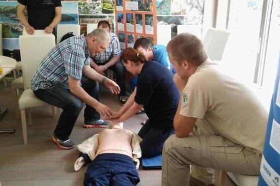 Na Lokrumu održana edukacija za AED uređaje