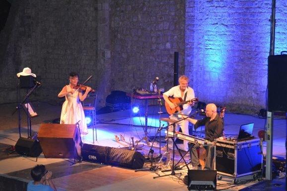 Rundek Cargo Trio oduševili koncertom na Lokrumu